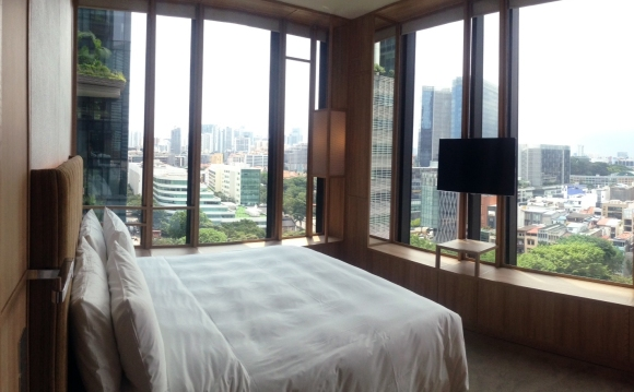Bedroom @ Parkroyal on Pickering